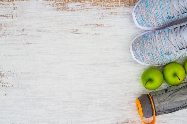 Фитнес и здоровый активный образ жизни фон концепции.