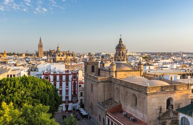 セビリア、都市、スカイライン、日没、スペイン