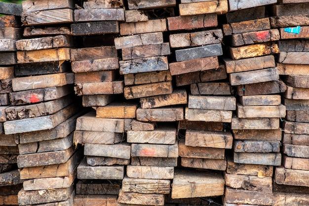 高齢者の木材