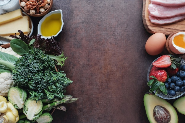 ケトジェニックダイエット、低炭水化物、高脂肪、健康食品