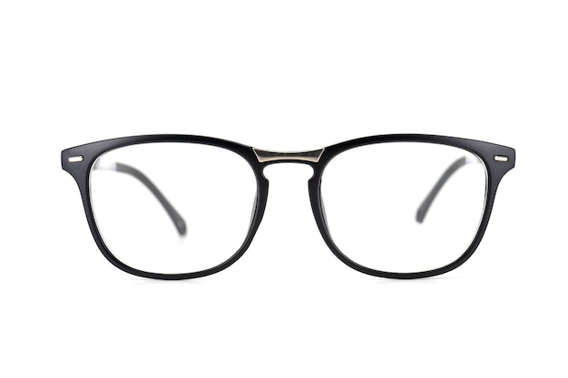 黒いフレームの眼鏡は、白い背景に隔離されています。