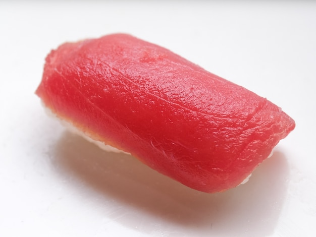 Японские блюда из лосося и тунца
