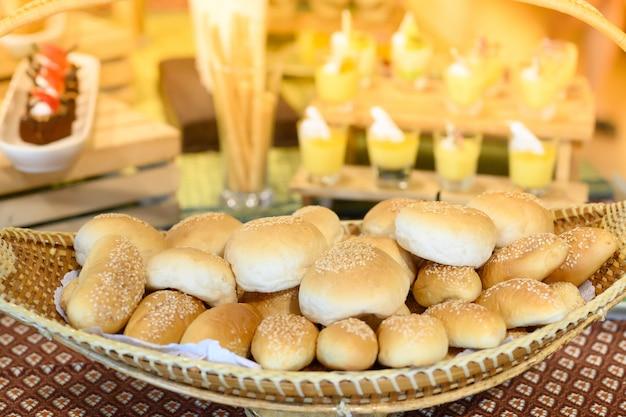 ビュッフェラインのパン屋さん