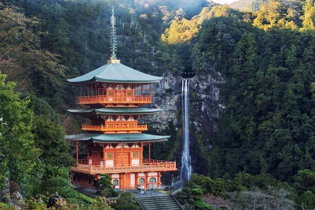 松浦那智御所寺の塔