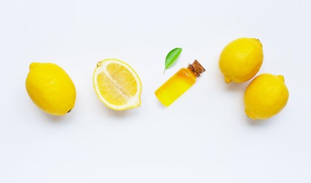 Эфирное масло с лимоном
