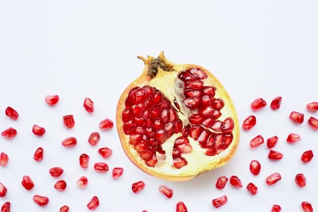ザクロの果実と種子