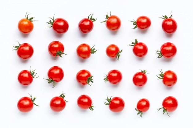 Свежие помидоры черри