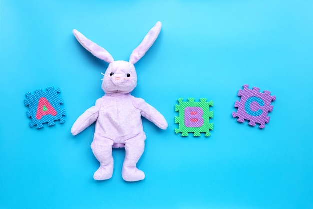 Пазл кролик с английским алфавитом