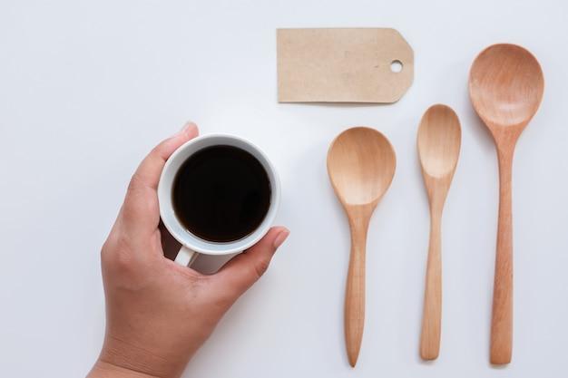 Идентификация фирменного стиля кофе с учетом вида сверху.
