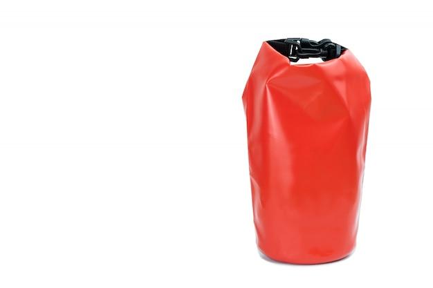 赤い防水バッグ