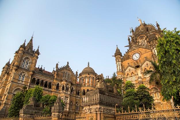 インドのムンバイにあるチャトラパティシヴァージーターミナス。