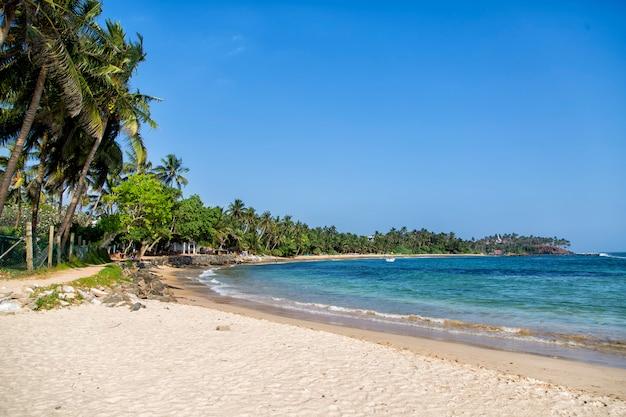 Пляж мирисса, шри-ланка