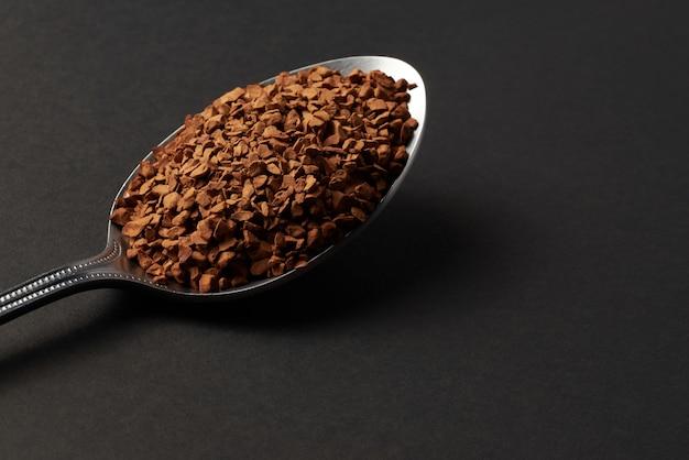 Красивый крупный молотый кофе
