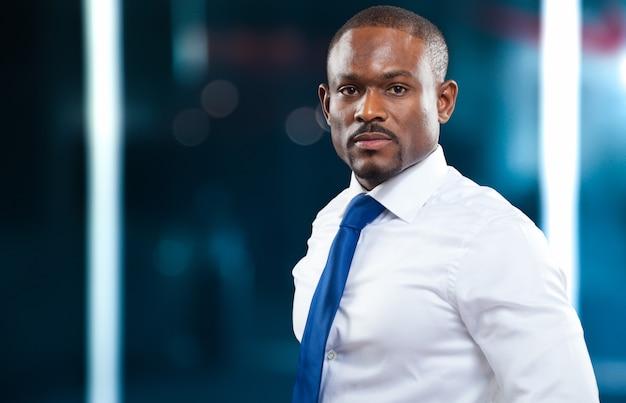 ハンサムな黒人実業家の肖像画