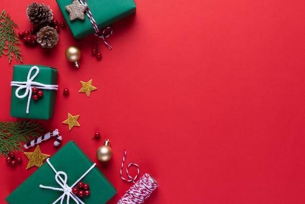 Рождественский зеленый подарочной коробке