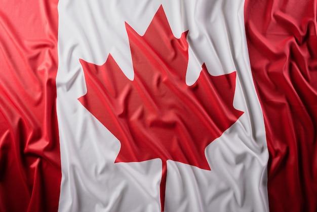 Национальный флаг канады