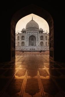 Тадж-махал в агре, индия