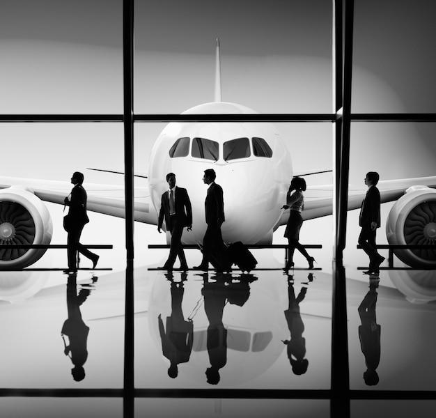 ビジネスパーソン企業旅行空港コンセプト
