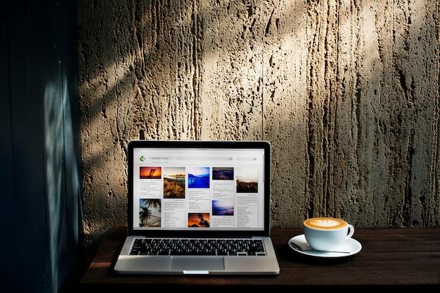 テクノロジーコーヒーインターネット飲料カフェデータコンセプト