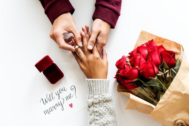 提案のコンセプト花の婚約指輪の花束