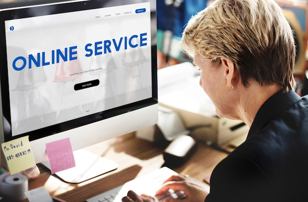 Интерфейс пользователя веб-страницы обслуживания клиентов