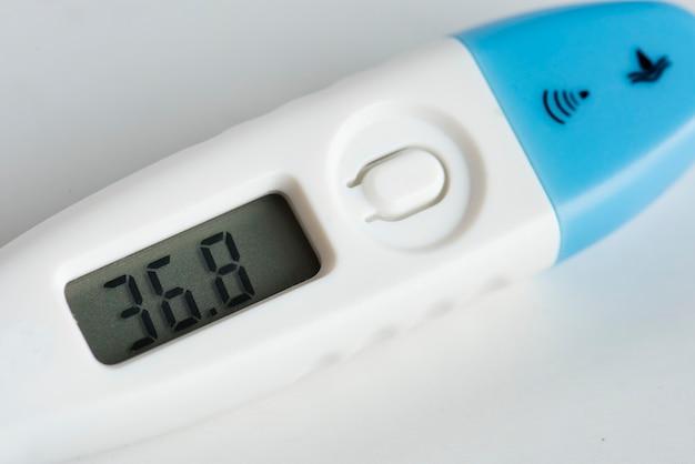 デジタル温度計の拡大写真