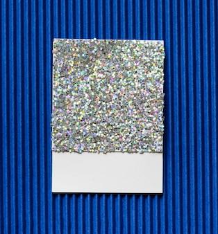 Блестящая и сверкающая бумажная карточка