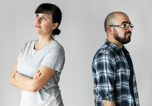 Белая пара с аргументом