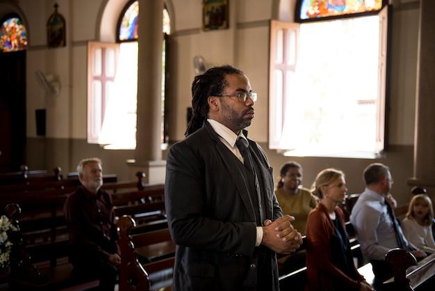 教会の人々信仰の信仰を信じる