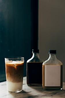 液体ボトルラベルのモックアップ