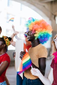 Веселый гей-парад и лгбт-фестиваль