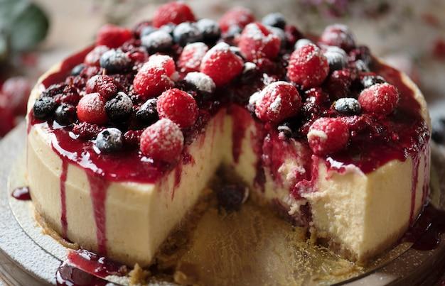 新鮮なベリーのチーズケーキ料理写真レシピのアイデア