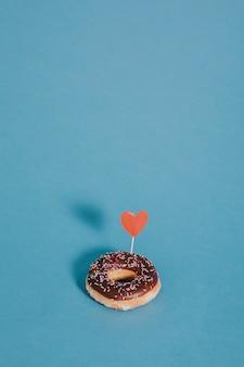 Пончик с сердцем