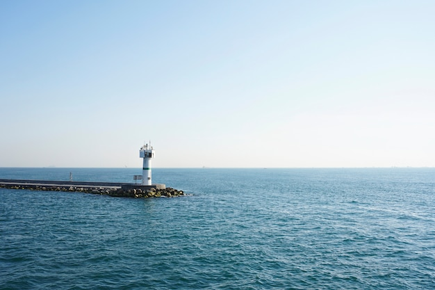 桟橋の灯台