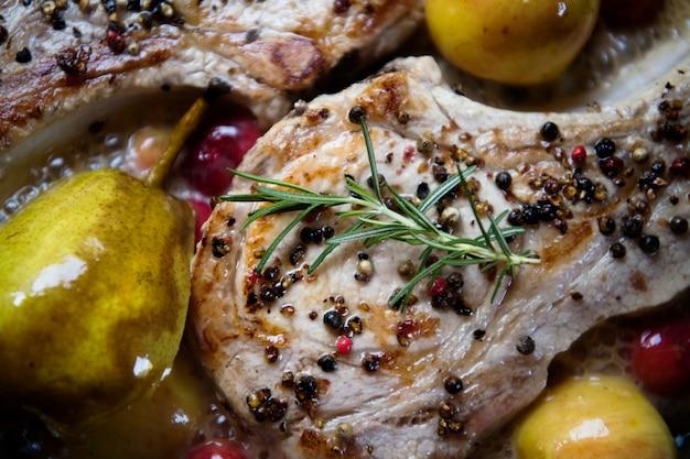 りんご食品写真レシピレシピとポークチョップ