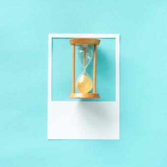古いスタイルの砂時計
