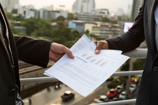 ビジネスコミュニケーション接続の人々の概念