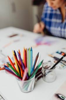 水彩絵の具で描く