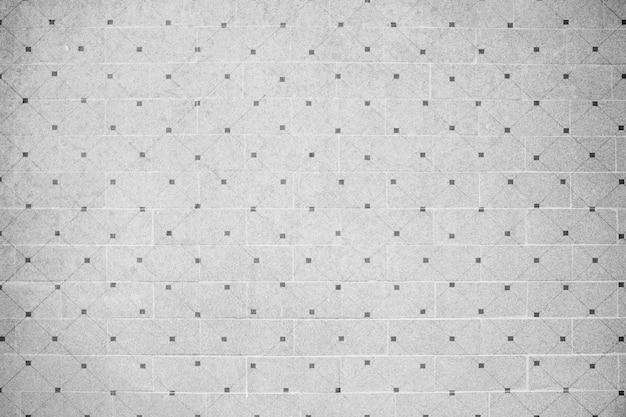 グレータイル張りの壁