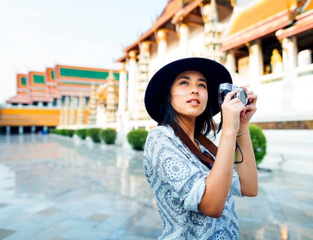 Индивидуальная азиатская путешественница