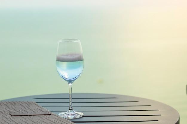 ガラスワイン