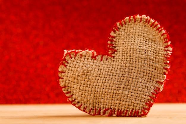 ハート形の背景。バレンタインの日の概念