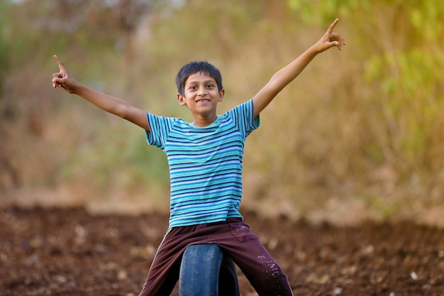 農村インドの子供