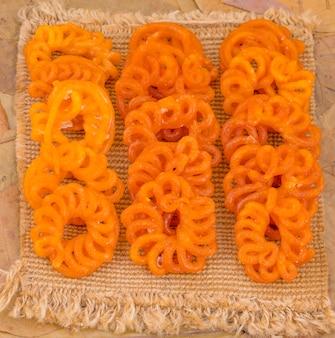 Индийская традиционная сладкая имарти