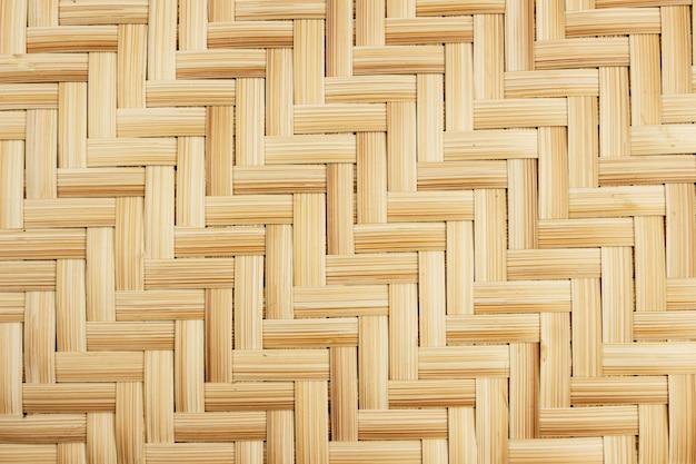 背景の編まれた竹のクローズアップ