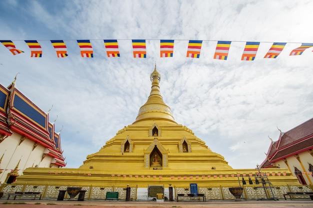 寺院の大きな塔
