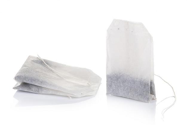 Пакетик чая изолированный на белой предпосылке