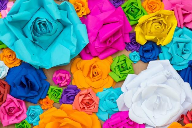 抽象的な壁紙虹カラフルなバラの花紙の背景