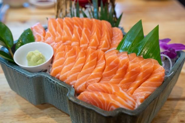 Сашими японская еда