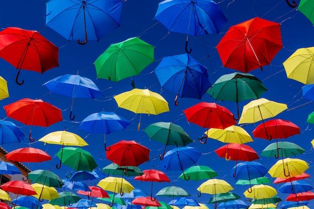 Красочный фон зонтики